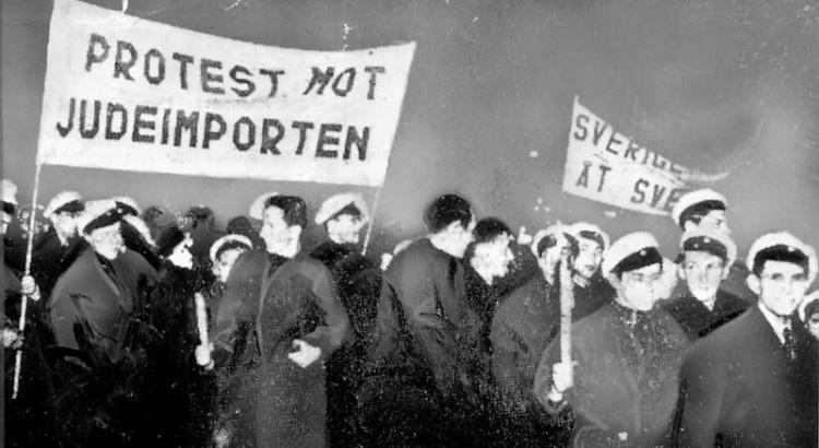 Antisemitiska plakat och banderoller på möte 1939
